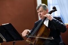 """Koncertas ,,Čiurlionis modernėjančioje Lietuvoje""""  Valstybinio Vilniaus kvarteto violončelininkas Augustinas Vasiliauskas"""