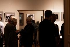"""Ričardo Dailidės fotodokumentikos parodos """"Iš praeities atgimstantys...(1974–1994 m.)"""" atidarymo vakaras"""