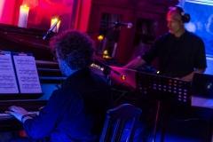 """Kultūros naktis 2019. Muzikinė meditacija """"Ataidantys Druskininkų peizažai"""" Pianistas Rokas Zubovas ir elektroninės muzikos kompozitorius  Phil Von"""