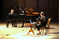 """Parodos """"M. K. Čiurlionis – fotografas: nežinomi kūrybos puslapiai"""" pristatymas Samaroje. Pianistai Sonata ir Rokas Zubovai"""