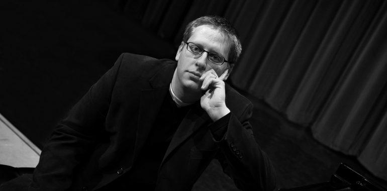 M. K. Čiurlionio namuose – JAV pianisto Nicholas Phillips koncertas